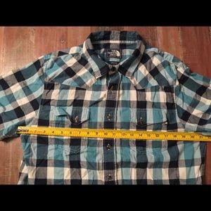 North Face Men Large Plaid Short Sleeve Shirt